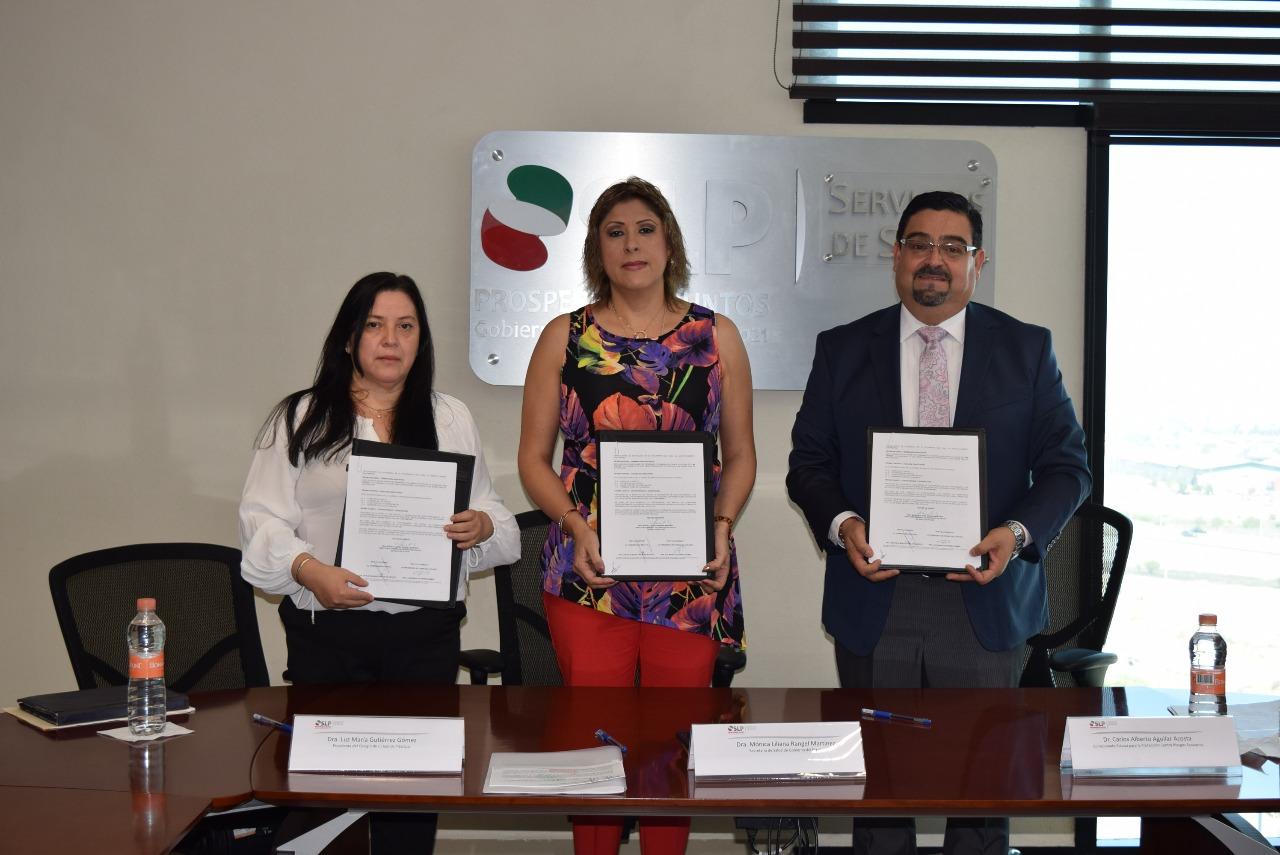 FIRMA LA SECRETARÍA DE SALUD CONVENIO CON EL COLEGIO DE CIRUJANOS PLÁSTICOS PARA PROTECCIÓN DE LOS USUARIOS.
