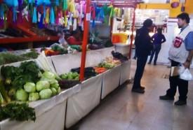 REALIZA COEPRIS CAMPAÑAS DE SANEAMIENTO Y ASESORÍA EN MERCADOS MUNICIPALES